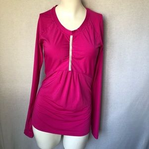 Athleta pink long sleeve athletic  top pump it  up
